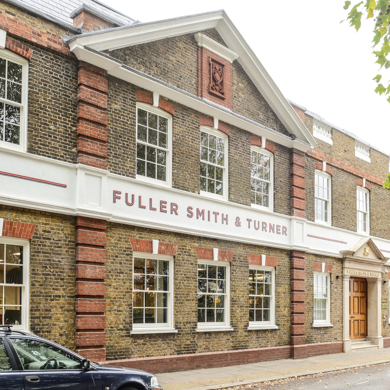 trainspotters-lighting-projects-fuller-smith-turner-hq-london-04
