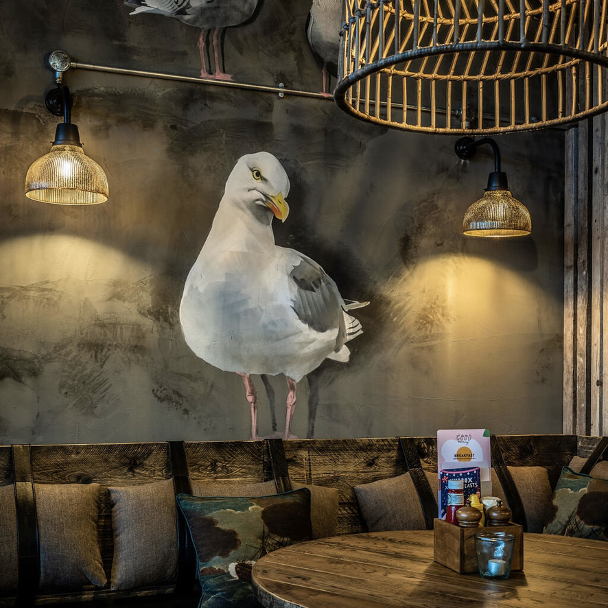 trainspotters-lighting-projects-hubbox-portsmouth-2